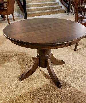 "42"" Round Classic Pedestal Brown Maple Table"