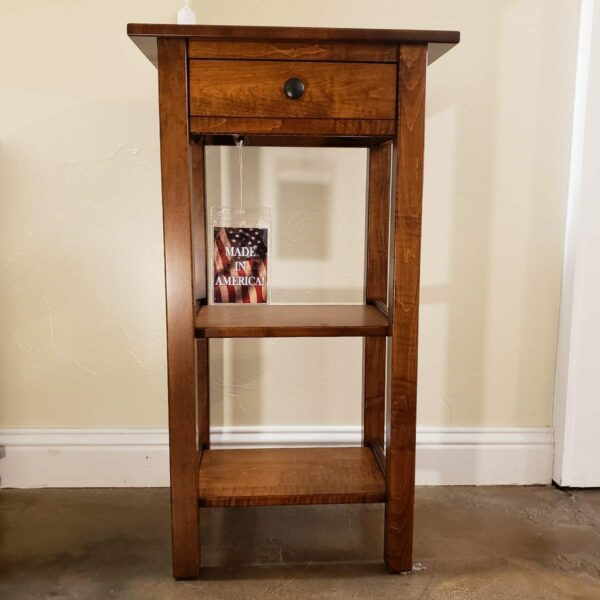 591 Br. Maple Linen Stand
